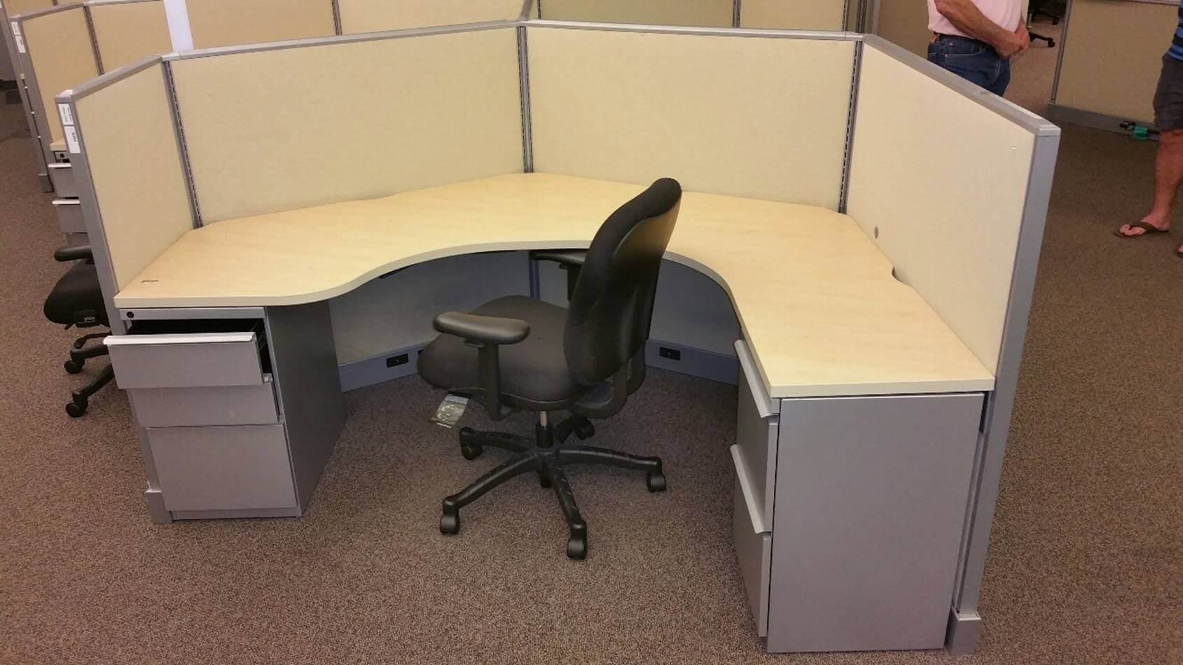 Used Cubicles #071316-1