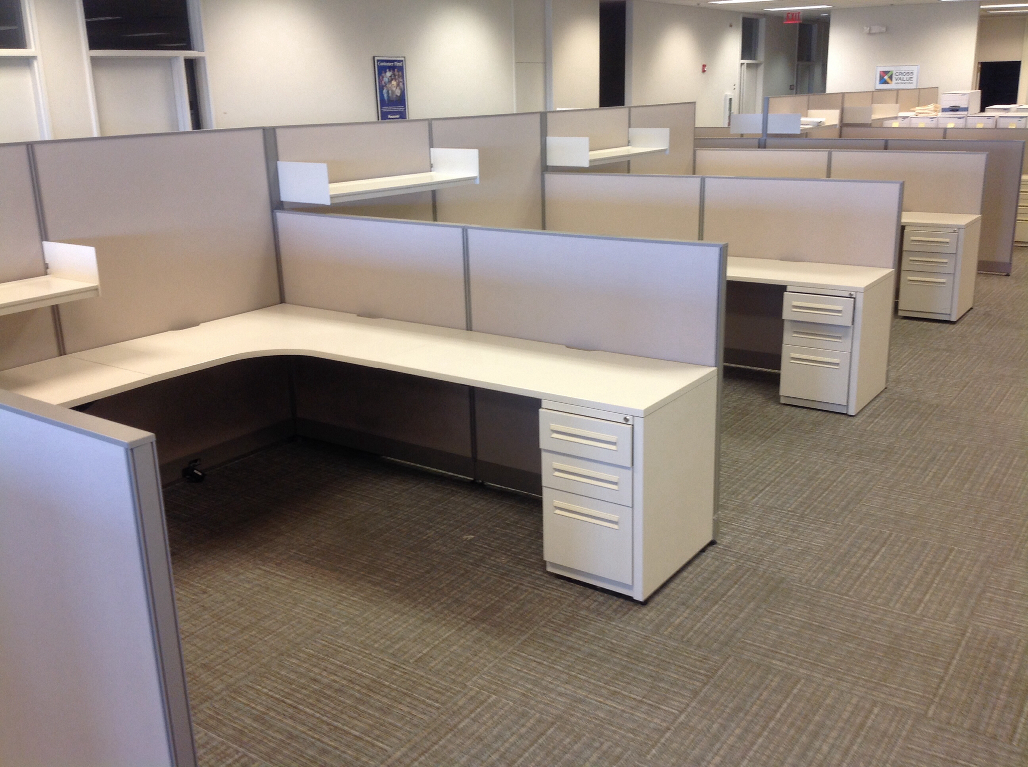 Office Furniture: Used Office Cubicles