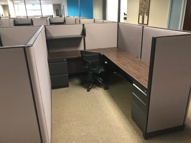 Used Cubicles #082417-COL