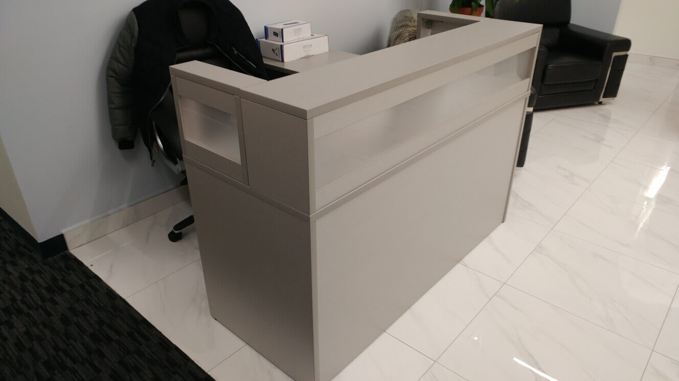 Used Office Desks #022619-CUB-ZHV