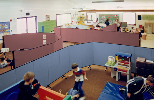Temporary wall systems for education - daycare