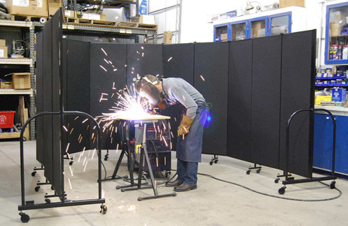 Safety screens for manufacturing - welding