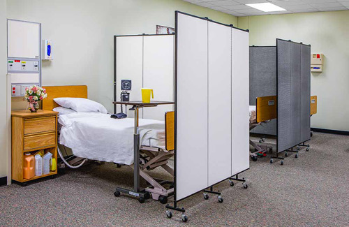 Accordion wall for healthcare - patient privacy