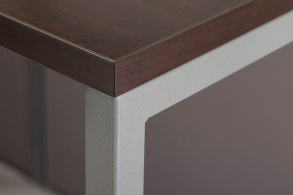 Cubicle desk edging