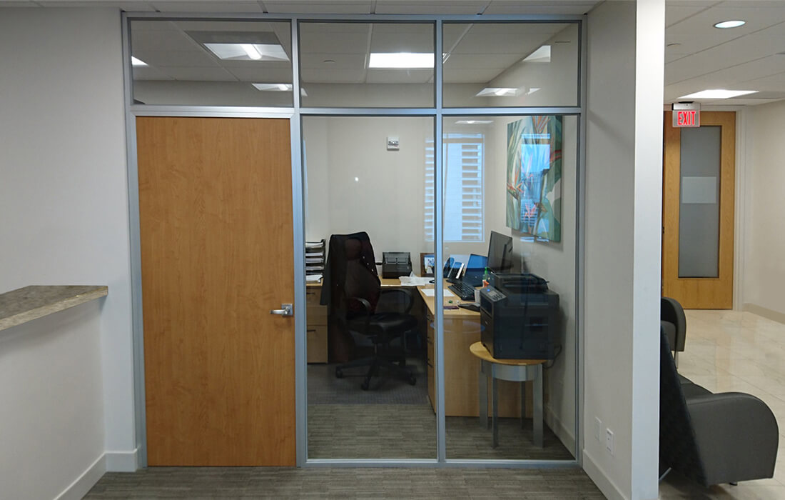 glass-wall-systems-Glass-Wall-with-Door.jpg