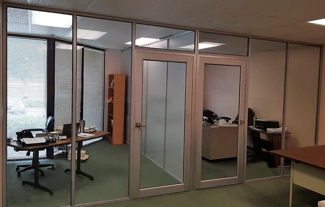 glass-wall-systems-glass-wall-office-1-2.jpg