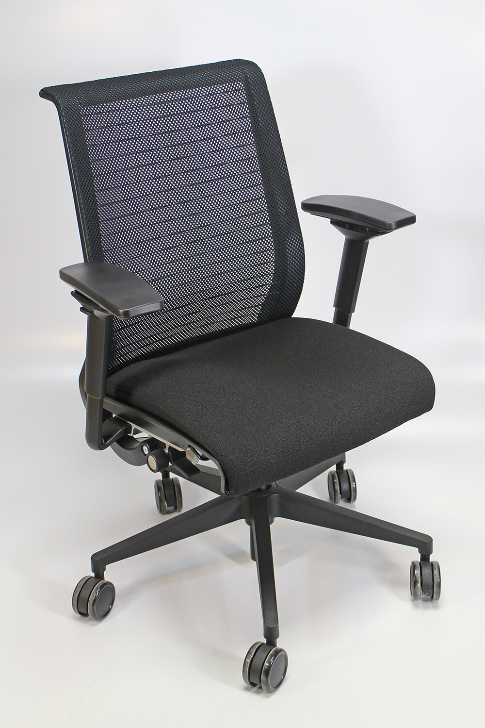 Steelcase Think Chair 4pack