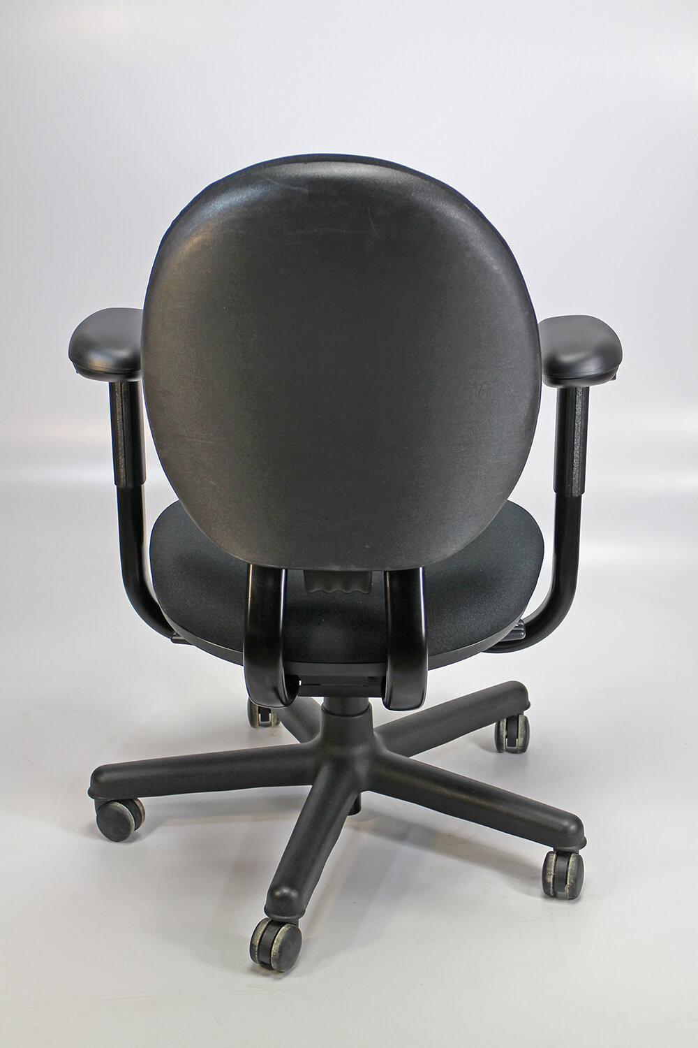 Steelcase criterion chair back vieew