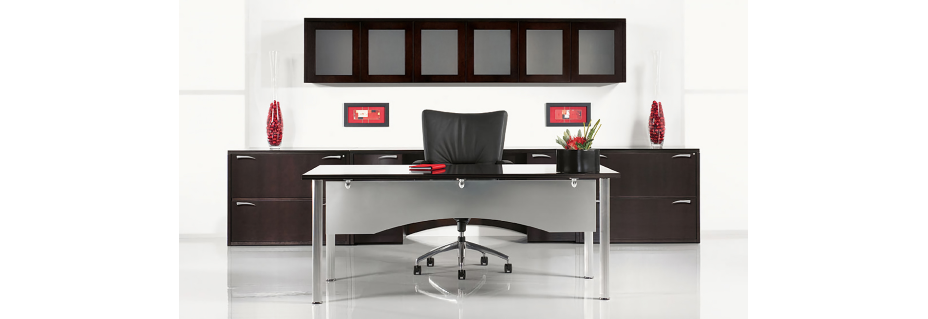 A Smart Contemporary Office Desk Defines Your Worke Without Limitation