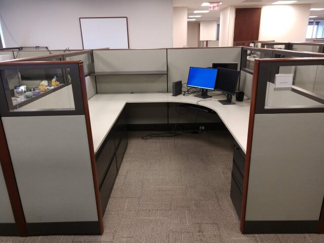 Used Knoll Dividends - Medium Panels - Used Cubicles