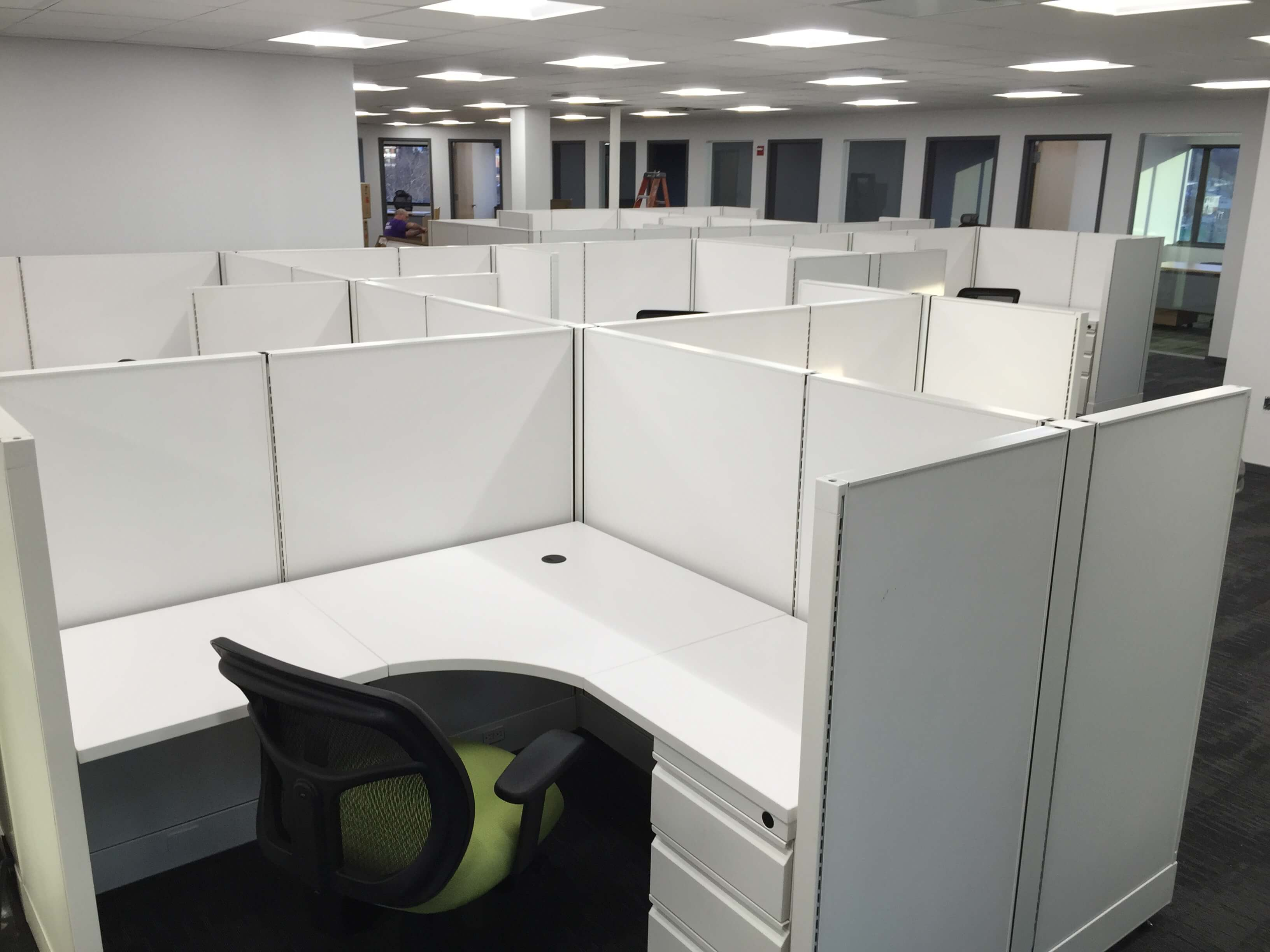 Used Open Plan O2 - Medium Panels - Used Cubicles