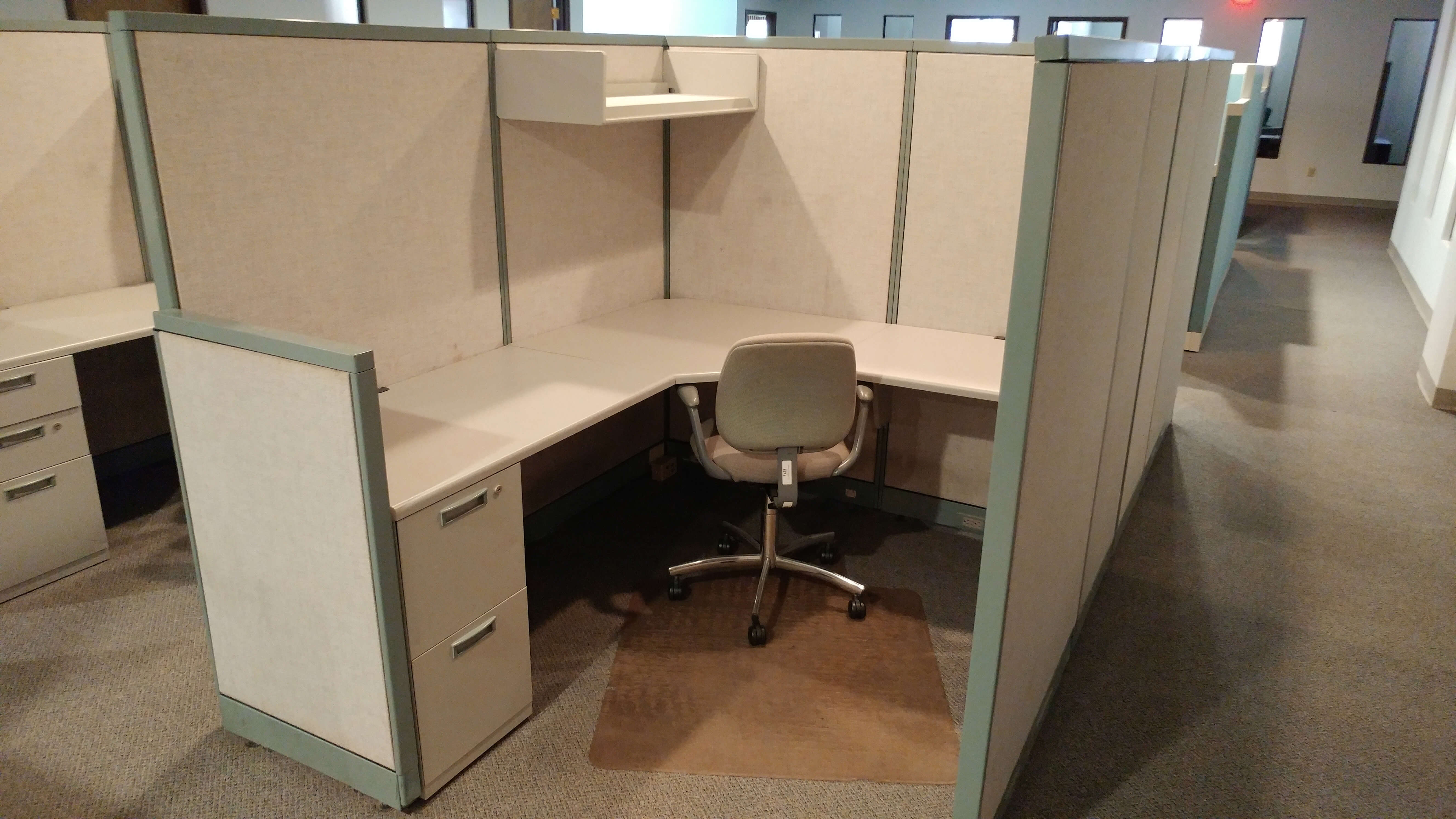 Used Steelcase Avenir - Tall Panels - Used Cubicles