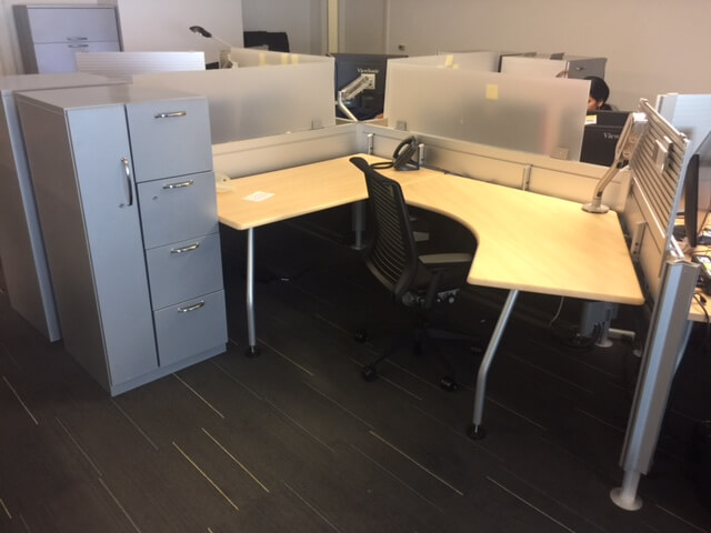 Used Steelcase Post And Beam - Medium Panels - Used Cubicles