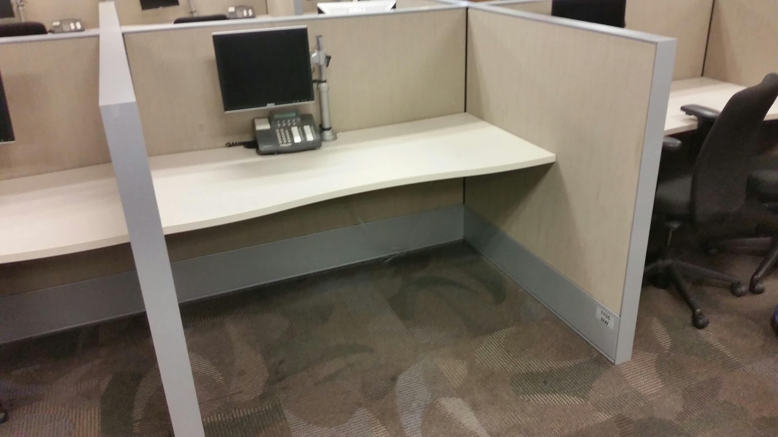 Used cubicles with Medium panels from Haworth - These used cubicles are good choice for the company who is looking for call center furniture