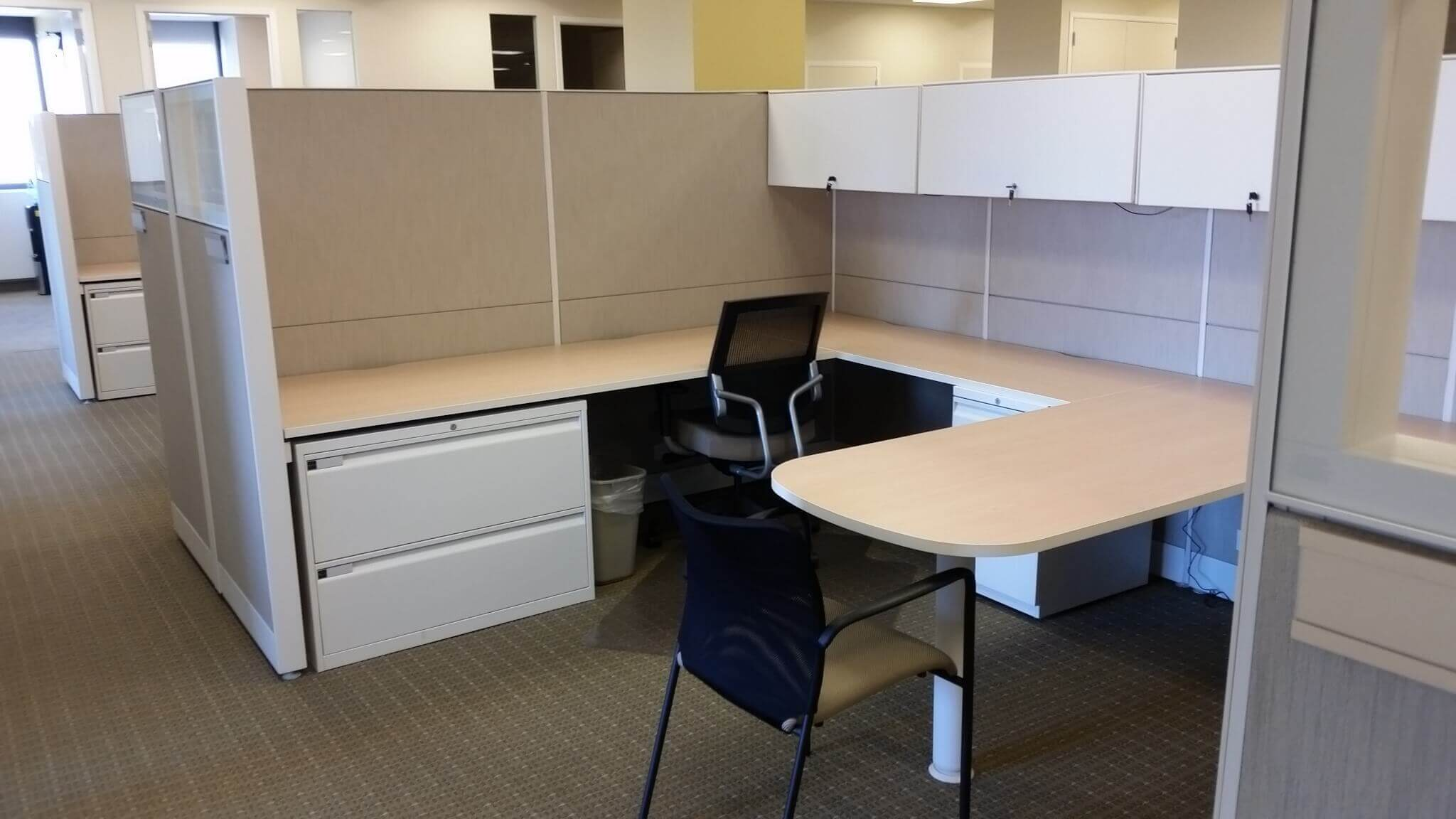 Teknion Workstations - Dual Cubicles