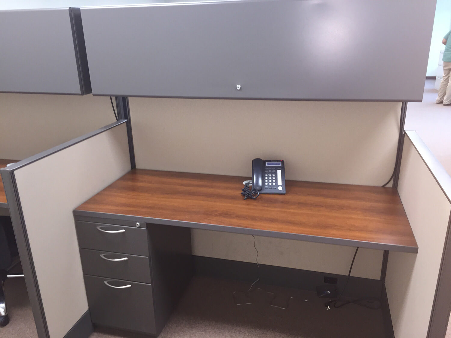Used cubicles with Low/High Panel Combos from AIS - each call center cubicle include a locking overhead bin and a 3 drawer filing pedestal