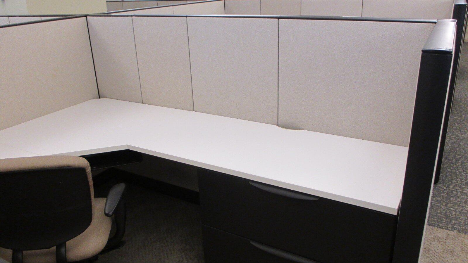 Haworth Premise - Large Work Surface