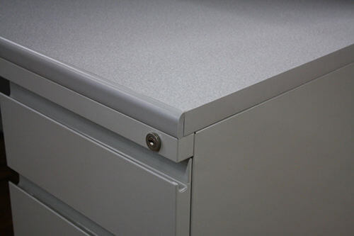 Used cubicles with Low/High Panel Combos from Steelcase - close up for pedestal detail
