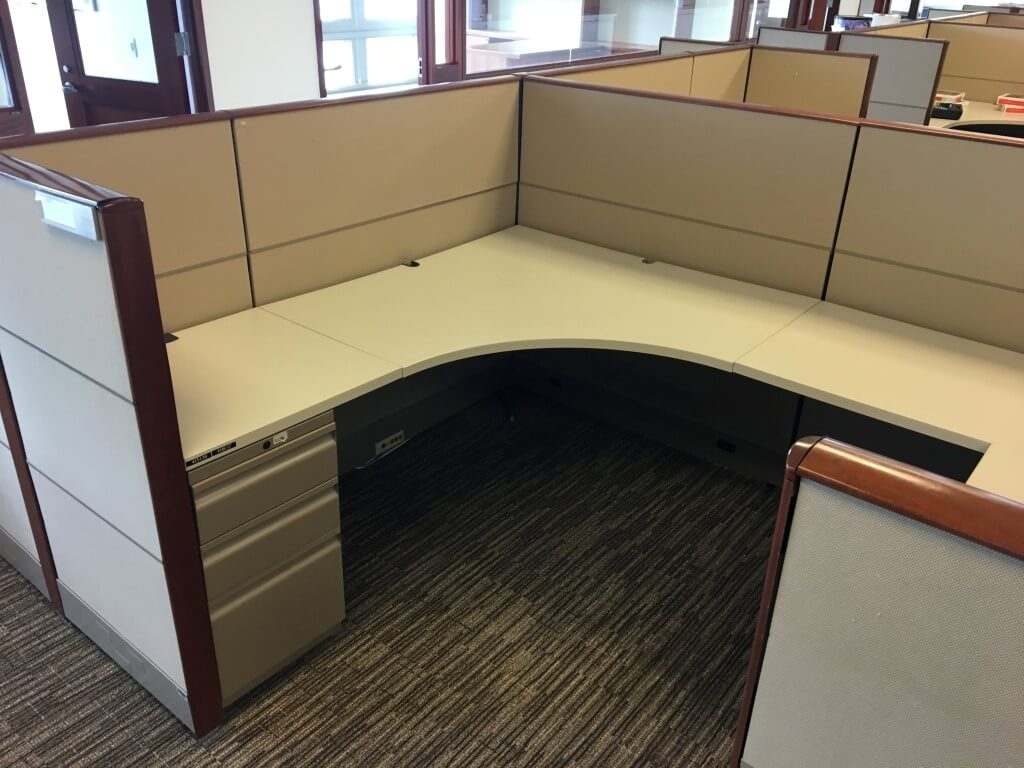 Knoll Dividends - Office Layout