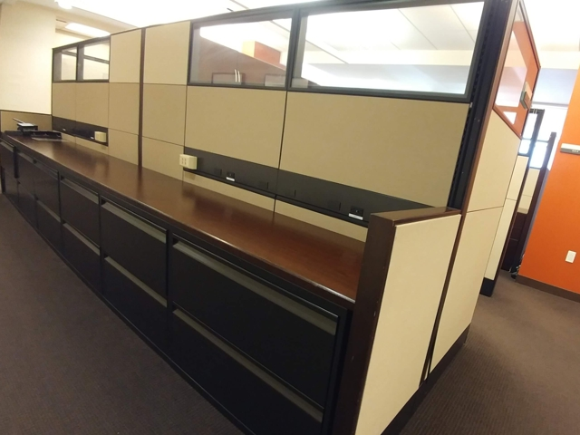 Knoll Reff Preowned