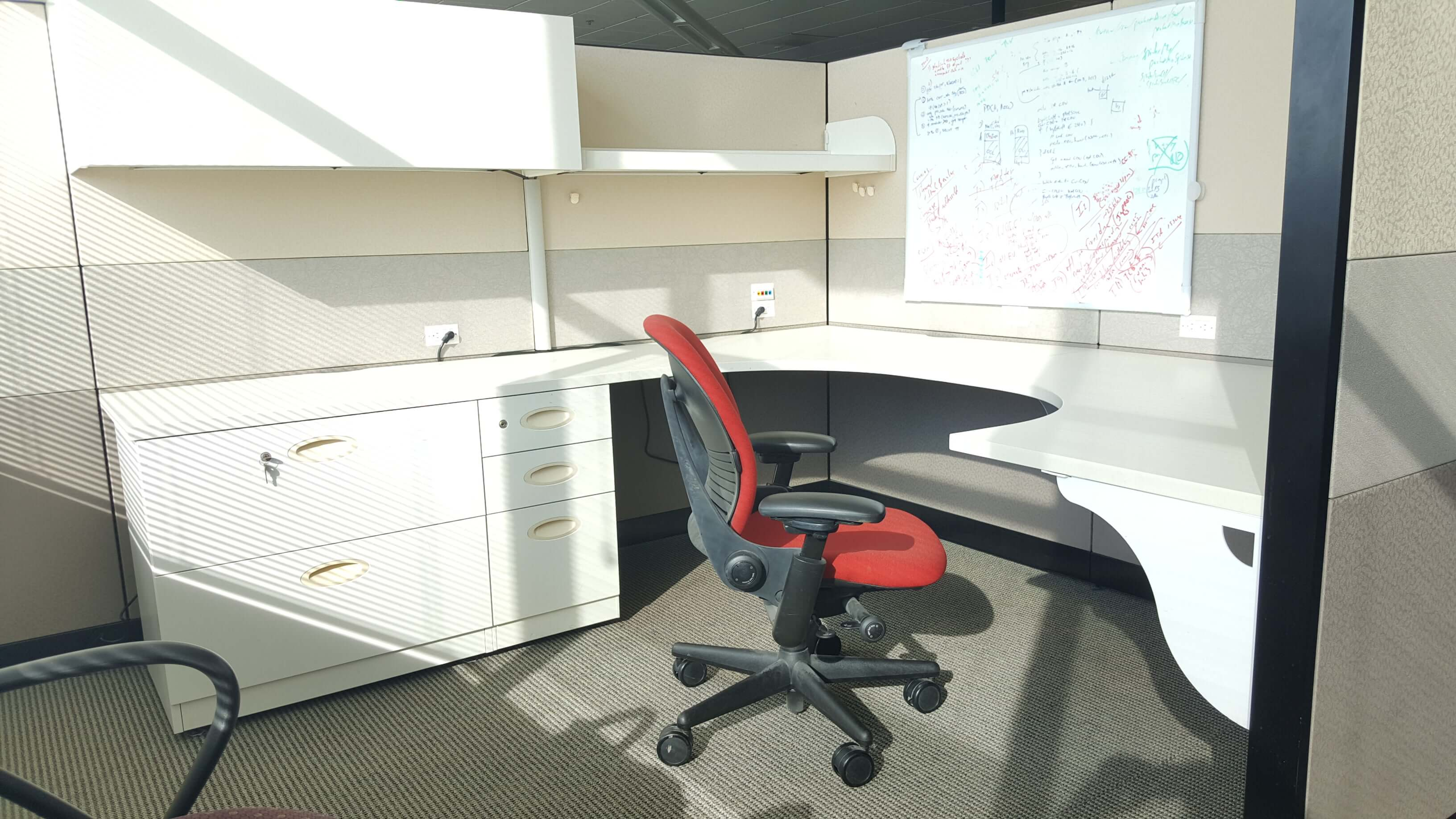 Steelcase Answer - Extra Storage