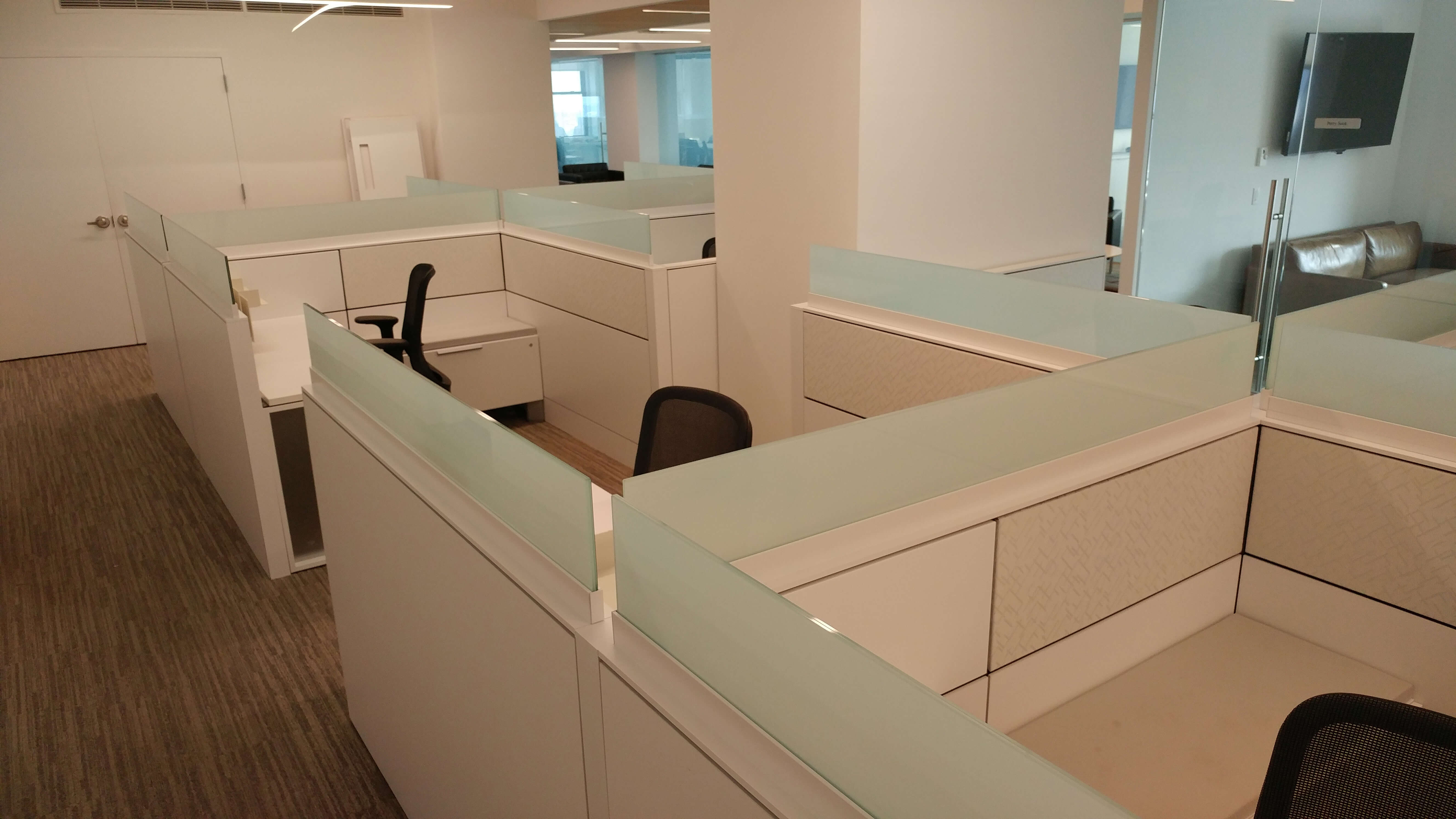 Teknion Leverage - Office Layout