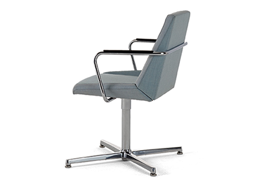 Office reception chairs from Arcadia - available on swivel pedestal base. Swivel base presented with auto-return feature.
