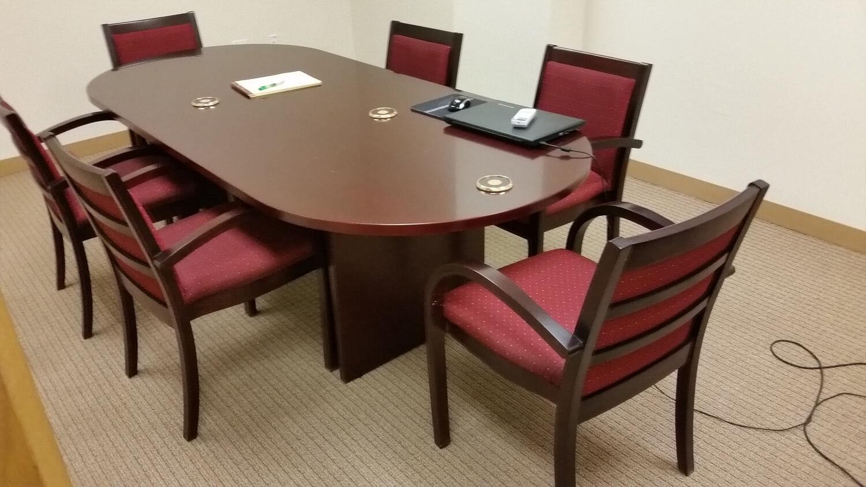 used office desks used office furniture for sale. Black Bedroom Furniture Sets. Home Design Ideas
