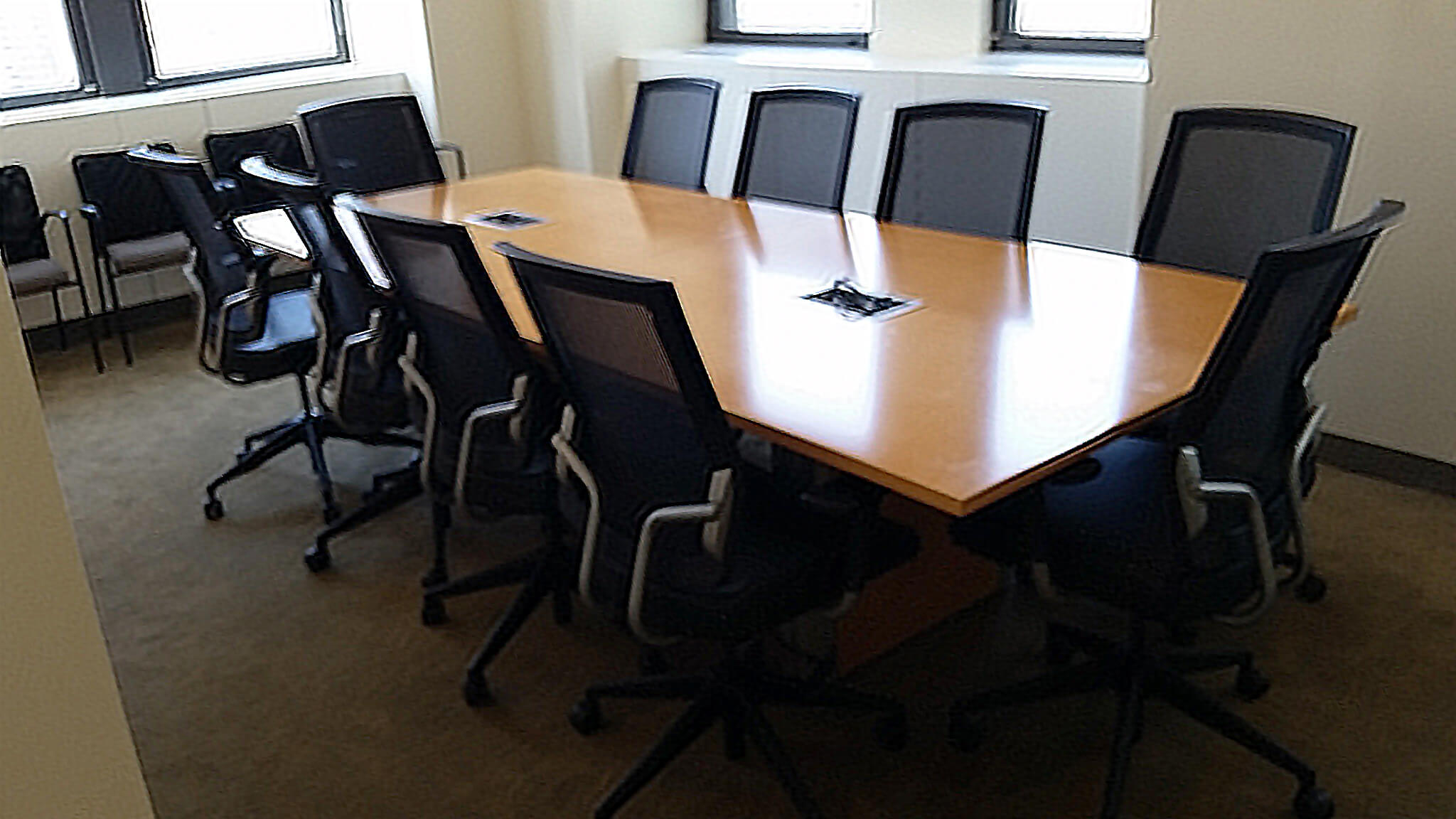 2nd Hand Office Furniture   Used Teknion Conference Table