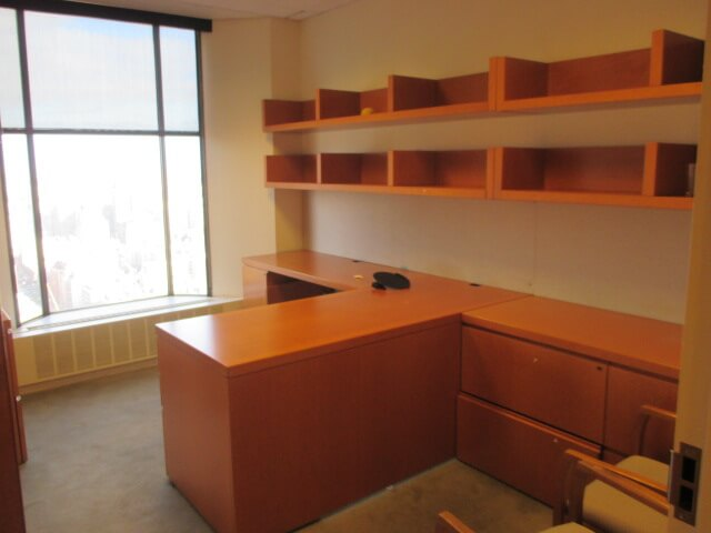 Used Office Desks - Knoll Reff - Used Business Furniture