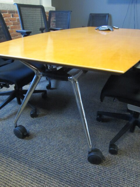 2nd Hand Office Furniture Tables from Kimball - It has chrome legs