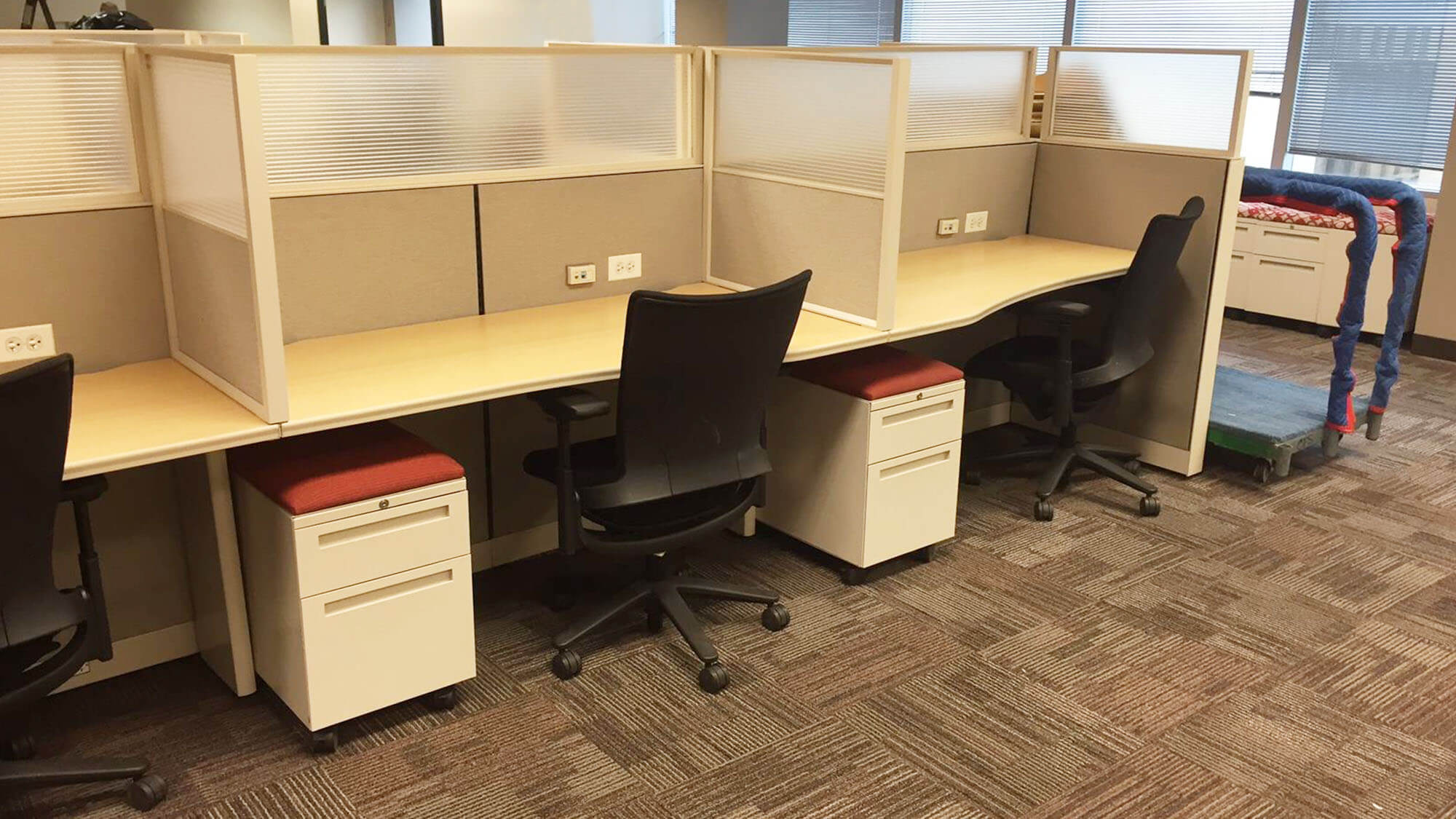 Office Design, Furniture Installation In Chicago, IL